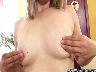 mature mama with small mangos and hard nipps