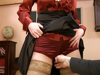 d like to fuck in glasses and satin nylons