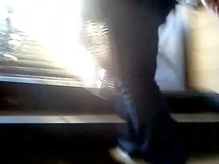 culazo de madura subiendo escaleras!!// mature