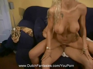 fuck shes old but hot!