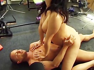 even the paramedics drilled my preggy wife 0 -