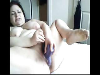 plumper dark brown mom toys her overweight snatch