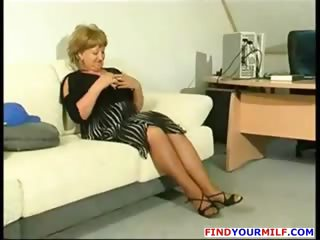 fat aged cougar acquire horny